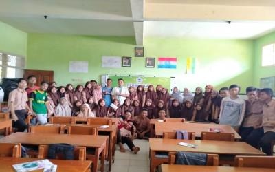 Sosialisasi Kampus Ungu Di Madrasah Aliyah Walisongo Sugihwaras