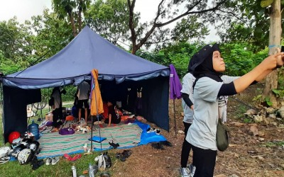 Kemah Ceria Mahasiswa Kampus Ungu : Rajut Kebersamaan